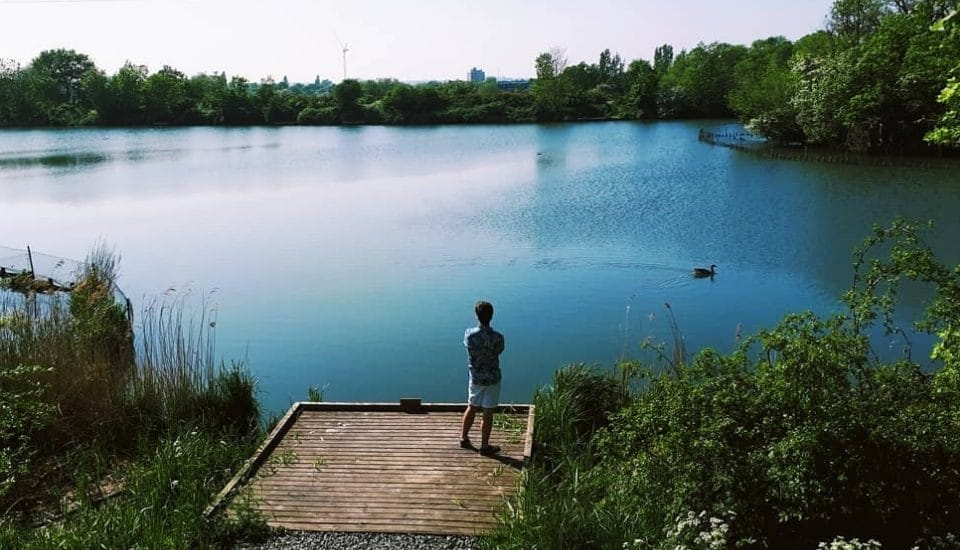 15 Picturesque Lakes In London To Visit While The Sun's Out
