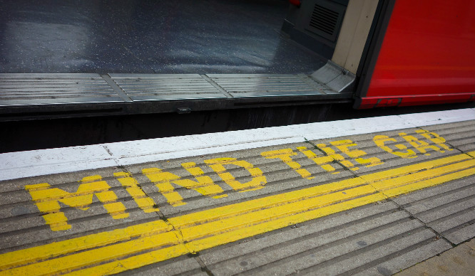 16 Horrifically Irritating Moments Every London Commuter Has Experienced