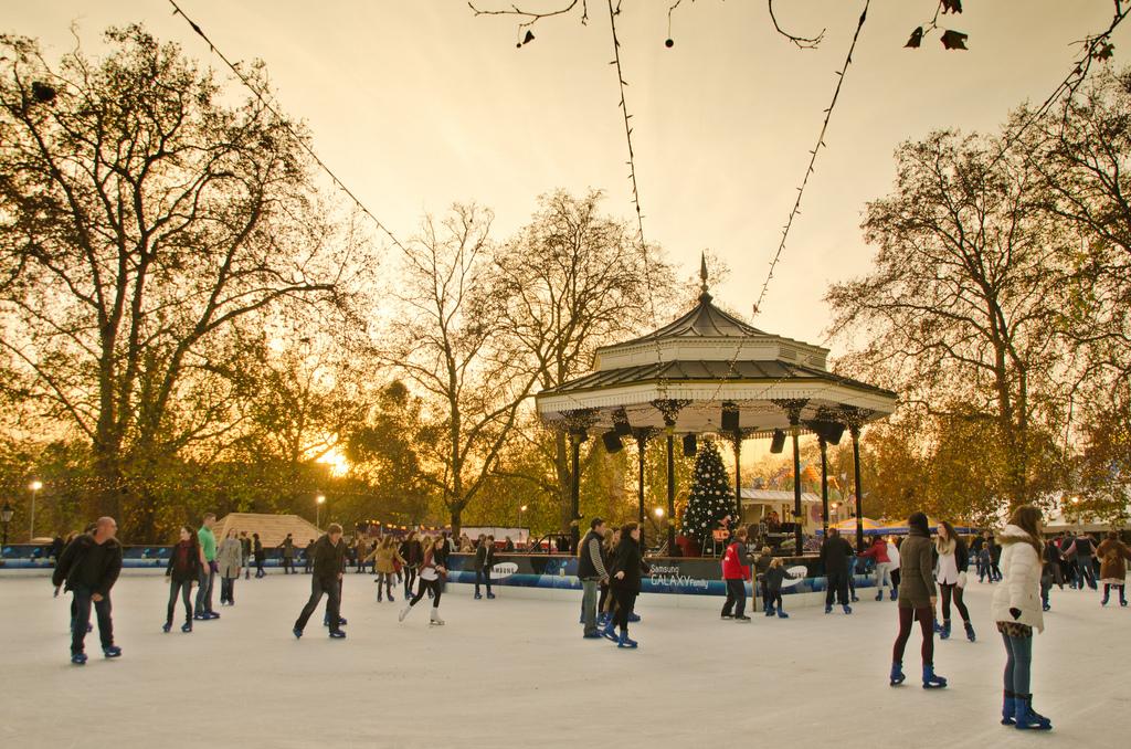 hyde-park-winter-wonderland-london-ice-rink-skating
