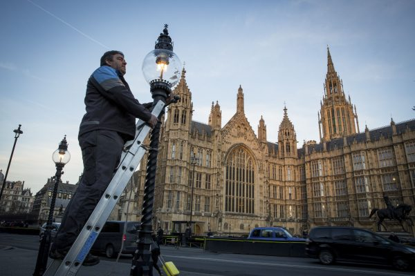 london-gas-lamps-westminster-walk-history