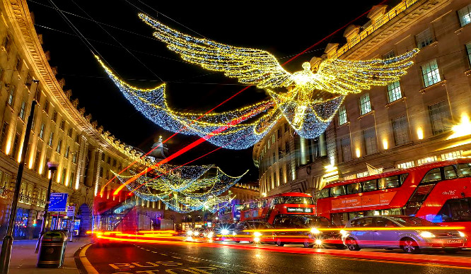 'Twas The Night Before Christmas And All Through… London