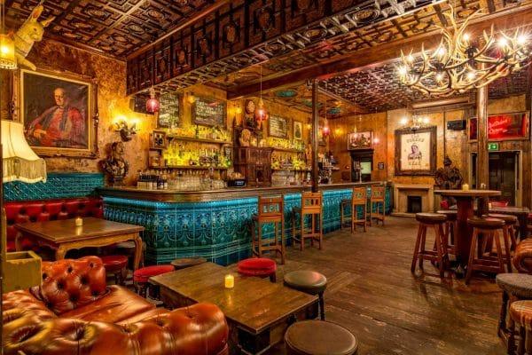 Old Queens Head Pub London Interior