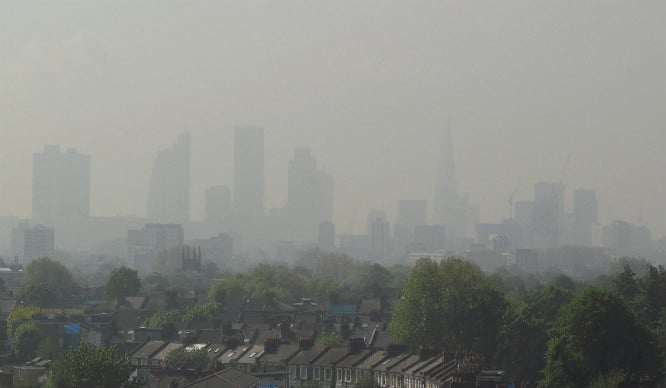 A Pollution Warning Has Been Announced Due To London's Crappy Air