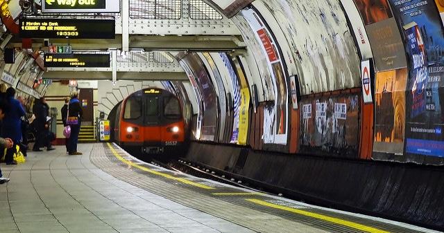 london underground victoria line history betting