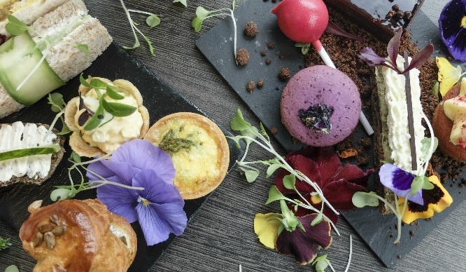 A Flower-Filled Afternoon Tea Is Coming To London And It's Blooming Marvellous!