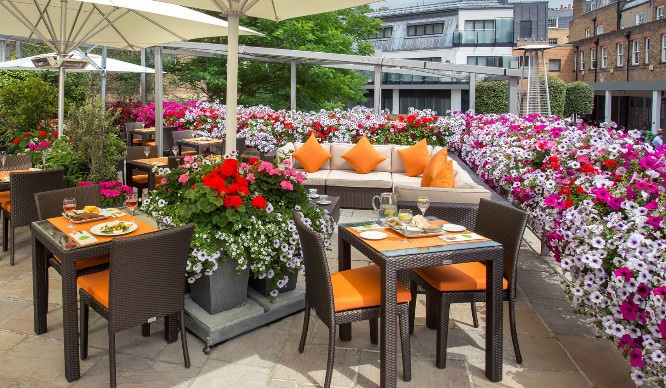 This Floral Gin Terrace Will Make All Of Your Summer Dreams Come True