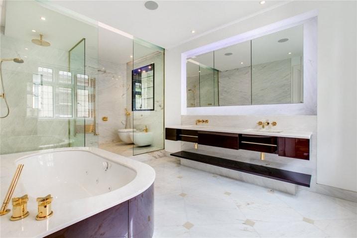 lygon bathroom