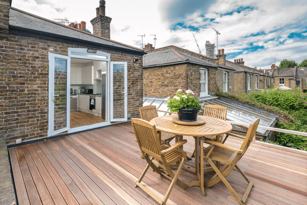 6 Amazing London Airbnbs You Definitely Want To Stay In
