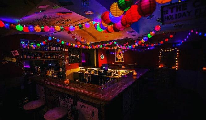 We've Uncovered 7 Of The Best Hidden Speakeasy Bars In London