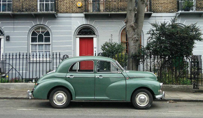 19 Pictures That Prove London's Vintage Car Game Is Strong