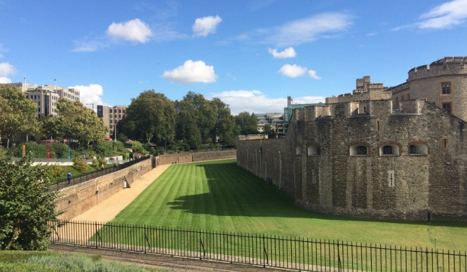 london-moat-feature