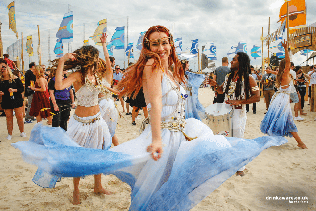 Greenwich Peninsula Will Transform Into A Spectacular Beach For Corona SunSets Festival This Weekend
