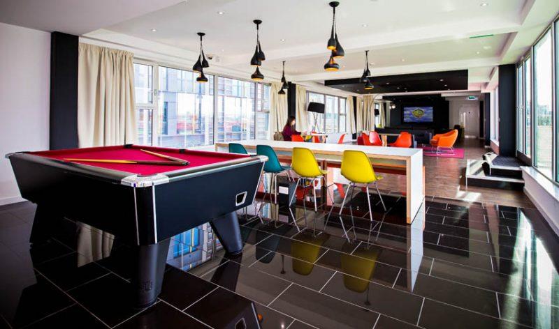 parisgardens-lounge