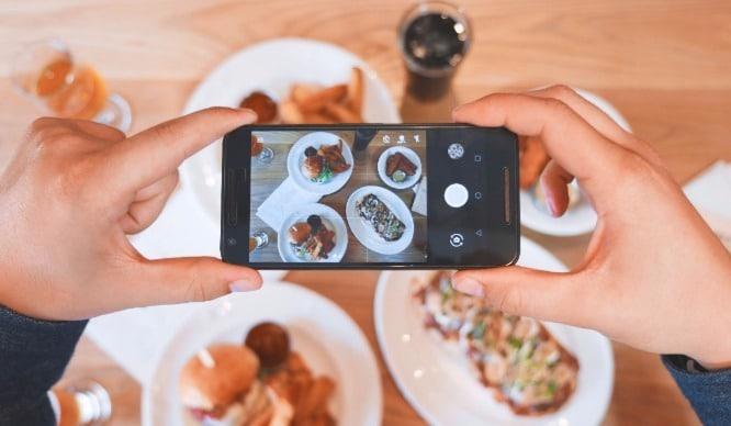 This Soho Restaurant Is Providing Photo Gear For Instagram Obsessives