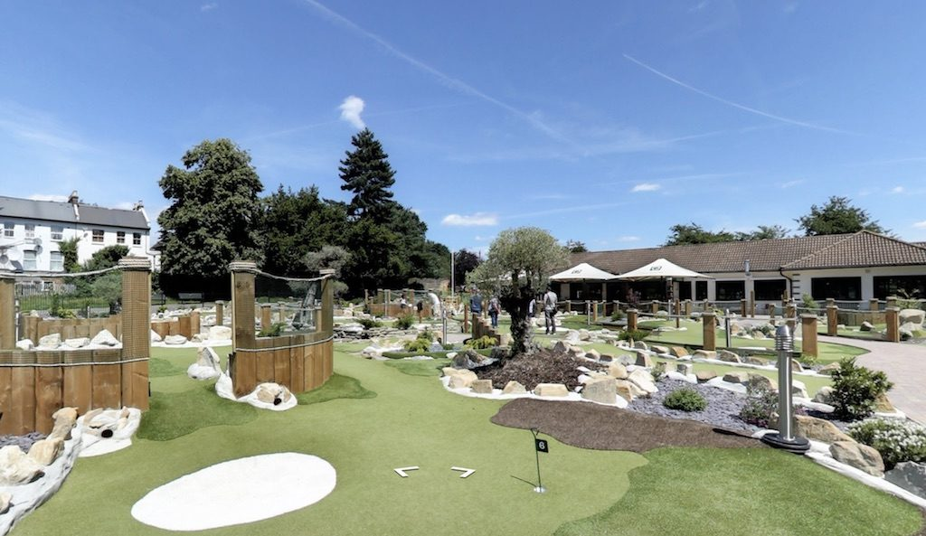 Crazy Golf London - Putt In The Park