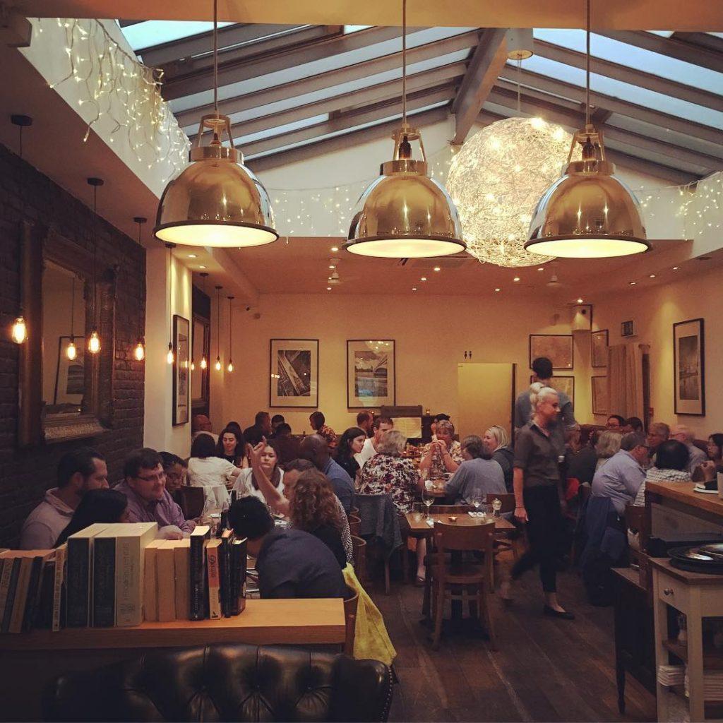 Restaurants near Tate Modern Southwark - Laughing Gravy