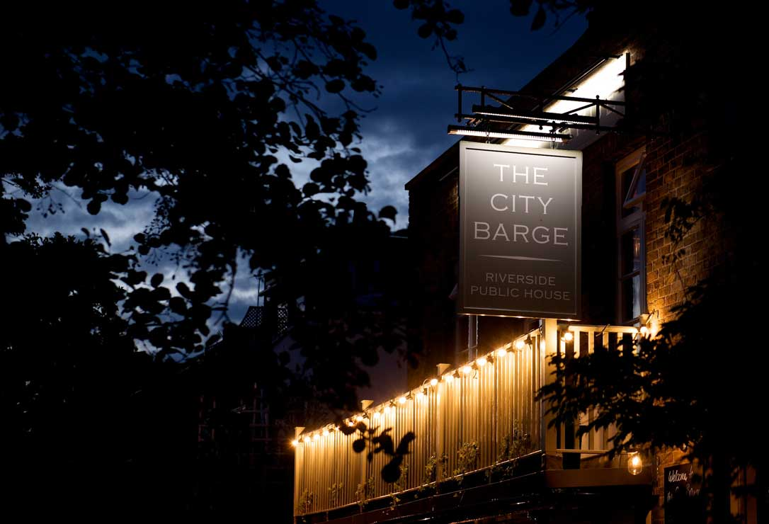 city-barge-chiswick