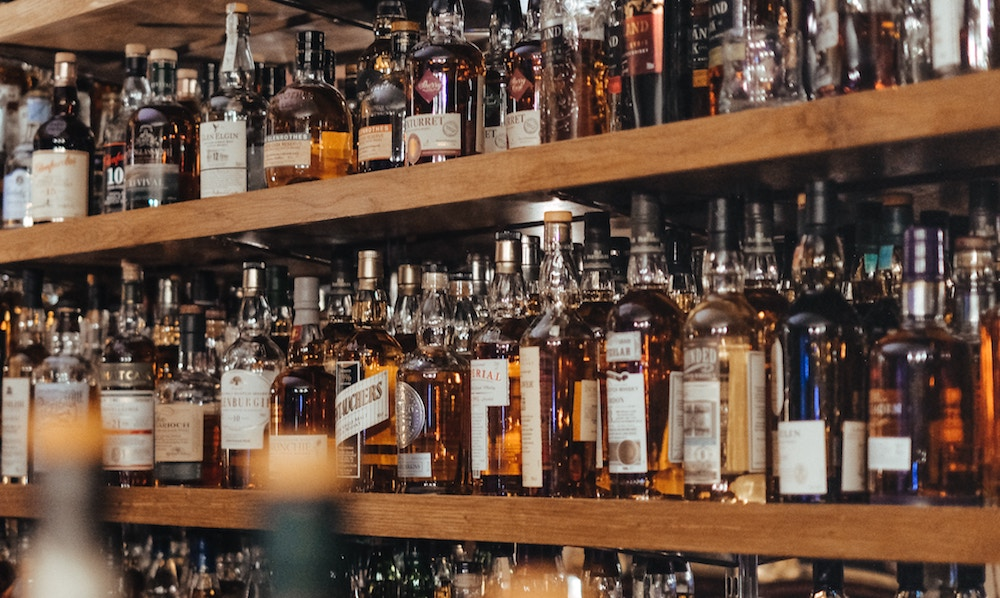9 Brilliant Whiskies To Give As Gifts, According To London's Bartenders