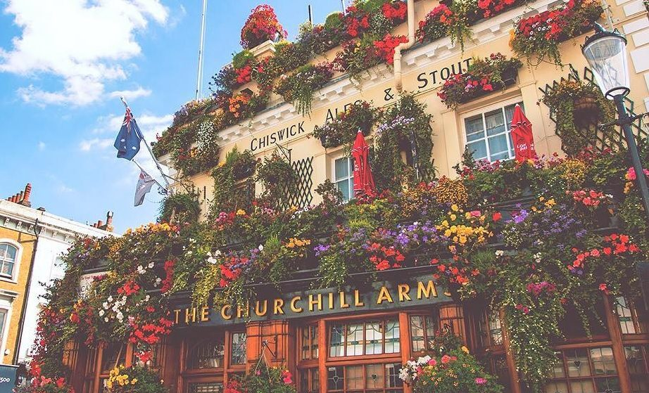 The Prettiest London Pub Spends £25,000 A Year On Flowers • Churchill Arms