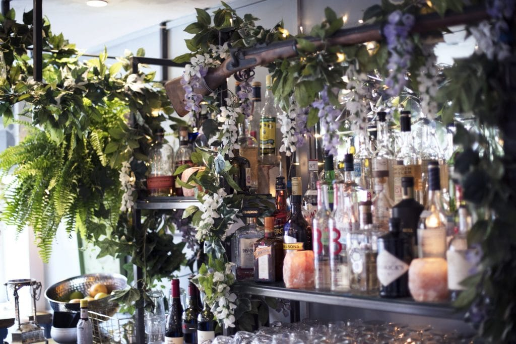 Visit This Pretty London Pub For Cocktails, Asian Cooking… And Haircuts? • The Gunmakers
