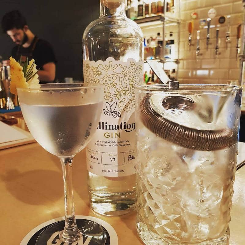 Gin Cocktails Bar in London