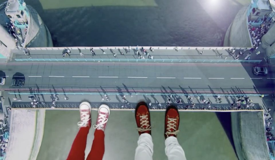 This Glass Floor Makes For The Most Knee-Wobbling Walk In London • Tower Bridge Experience