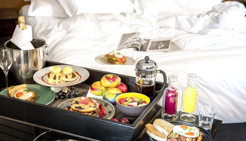 This London Hotel Will Deliver Bottomless Brunch To Your Bed