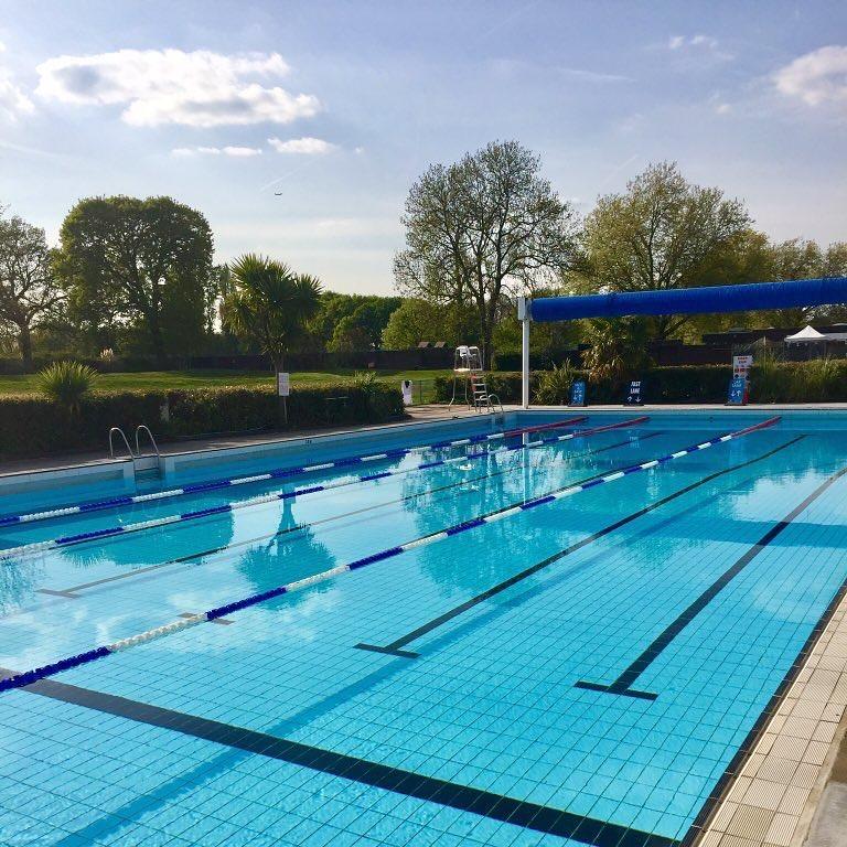 Pools On The Park Richmond