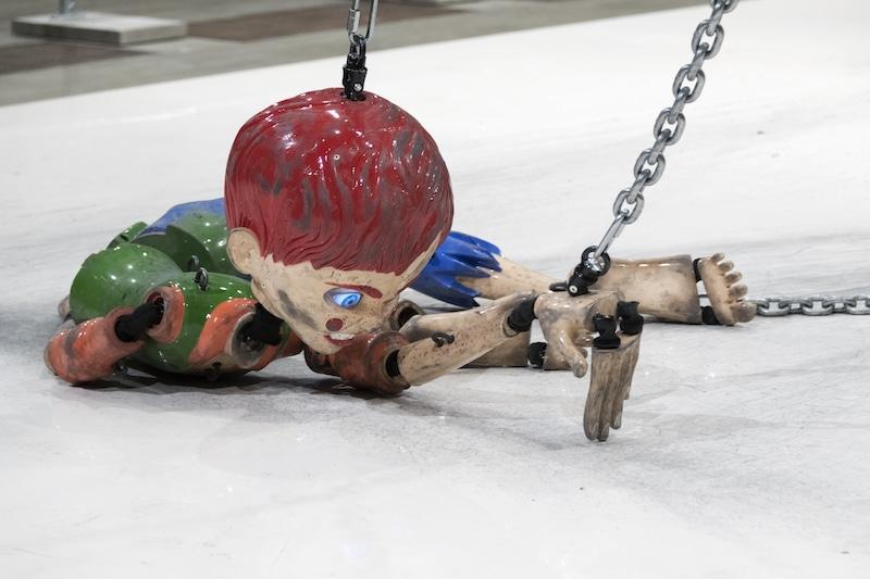 Tate modern puppet installation