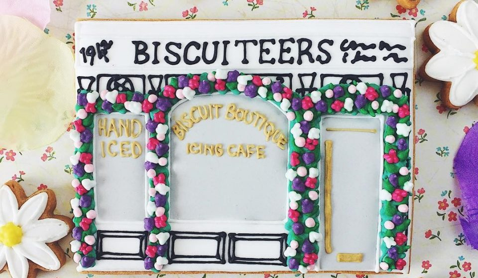 This Cute Cafe Bakes The Most Beautiful Biscuits In Town • Biscuiteers