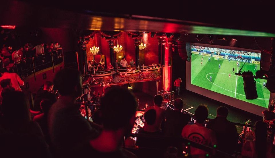 Londoners Can Watch England's World Cup Matches On This Giant Screen