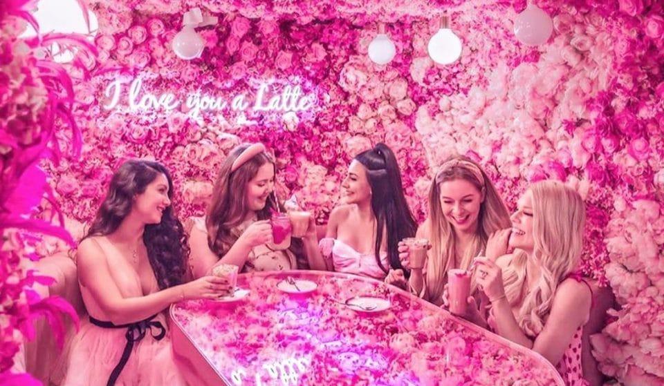 The Powerfully Pink, Flower-Filled London Cafés That Instagram Loves • EL&N