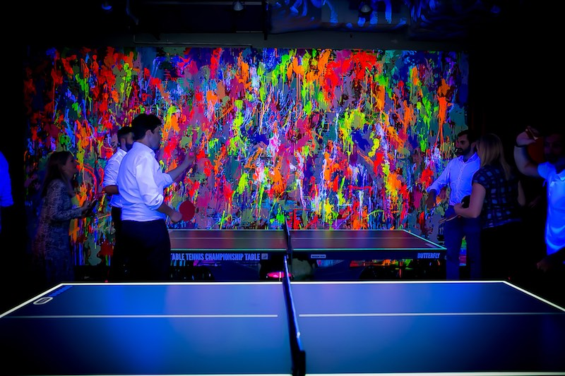A Wild Glitter-Fuelled Party Is Coming To Ping-Pong Bar Bounce