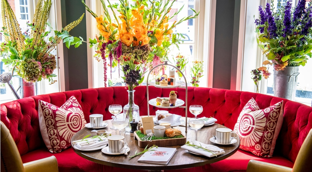 London's Beautiful English Garden-Themed Afternoon Tea Is Back