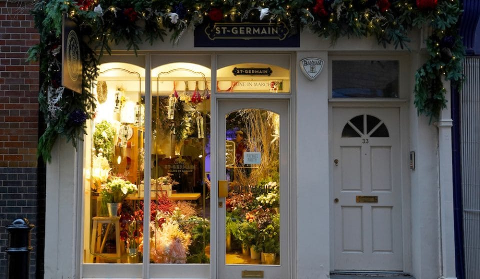 Head To This Beautiful, Flower-Filled Pop Up For Some French-Themed Winter Festivities