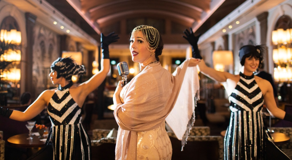 The Glamorous London Bar That Turns Into A Roaring 20s Party At 19:20