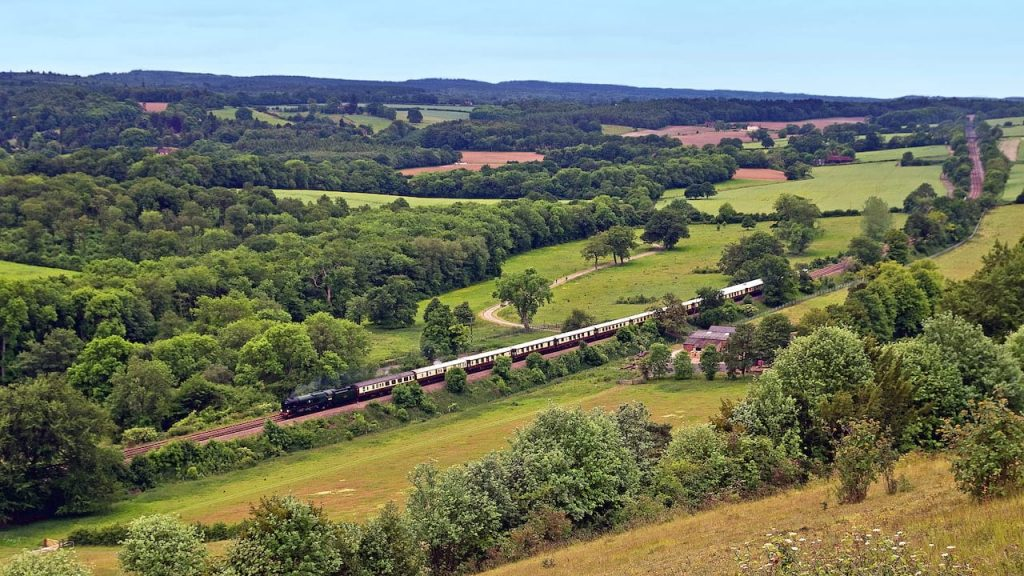 You Can Take A 'Mary Poppins' Afternoon Tea On This Glam Vintage Steam Train