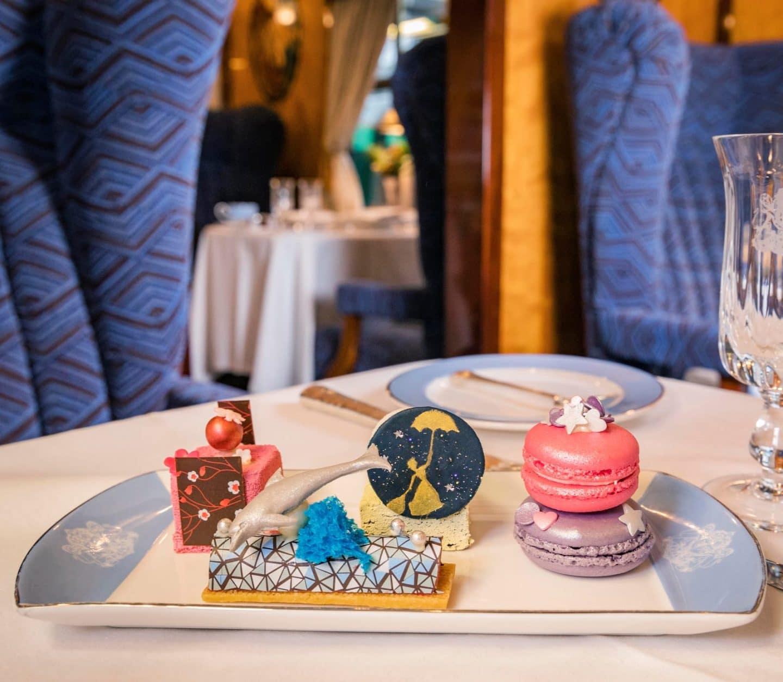 Mary Poppins Cakes