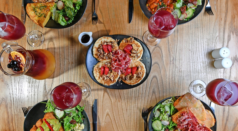 There's Bottomless Sangria And Fiesta Vibes At This Sassy Spanish Brunch