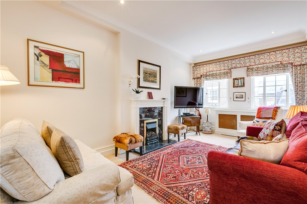 kate-flat-living-room