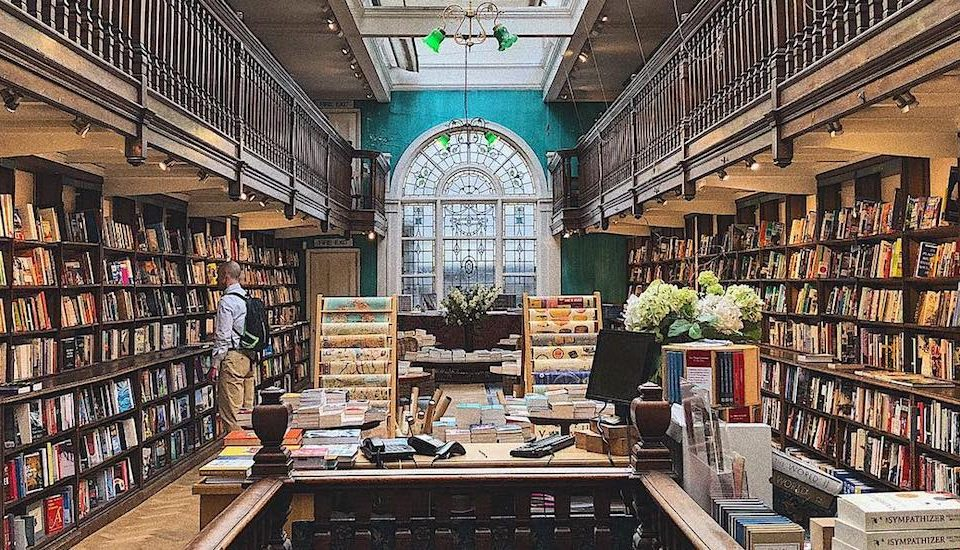 The Picture-Perfect Bookshop That's Designed For Travellers •Daunt Books