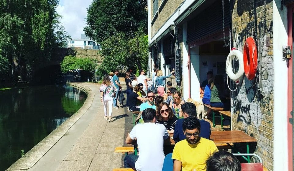 London's Cult Canalside Cafe Is Back For Summer • Towpath Cafe
