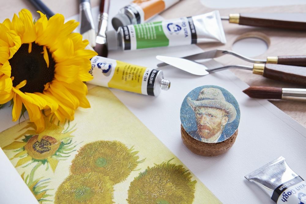 Van Gogh afternoon tea