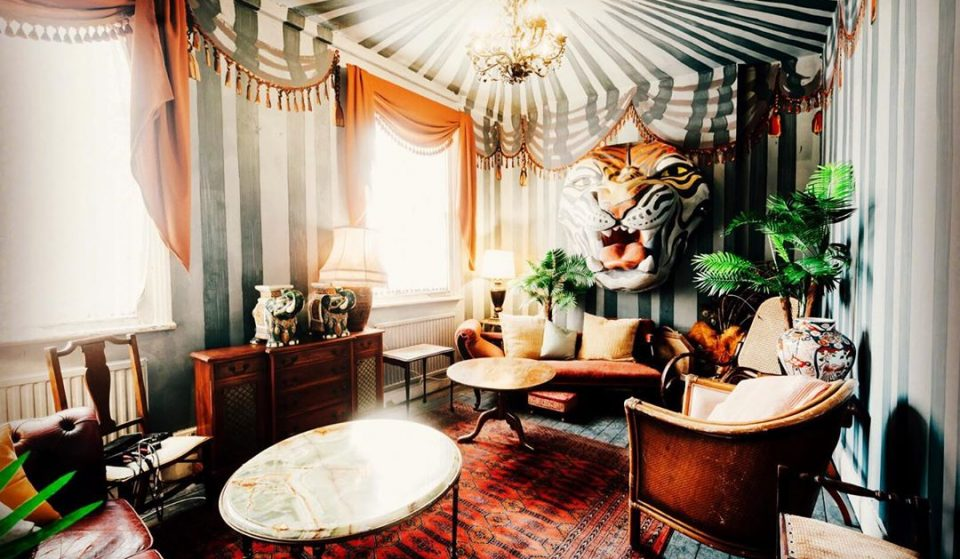 Waterloo's Decadent Art-Inspired Restaurant Is Pretty As A Picture • Hello Darling