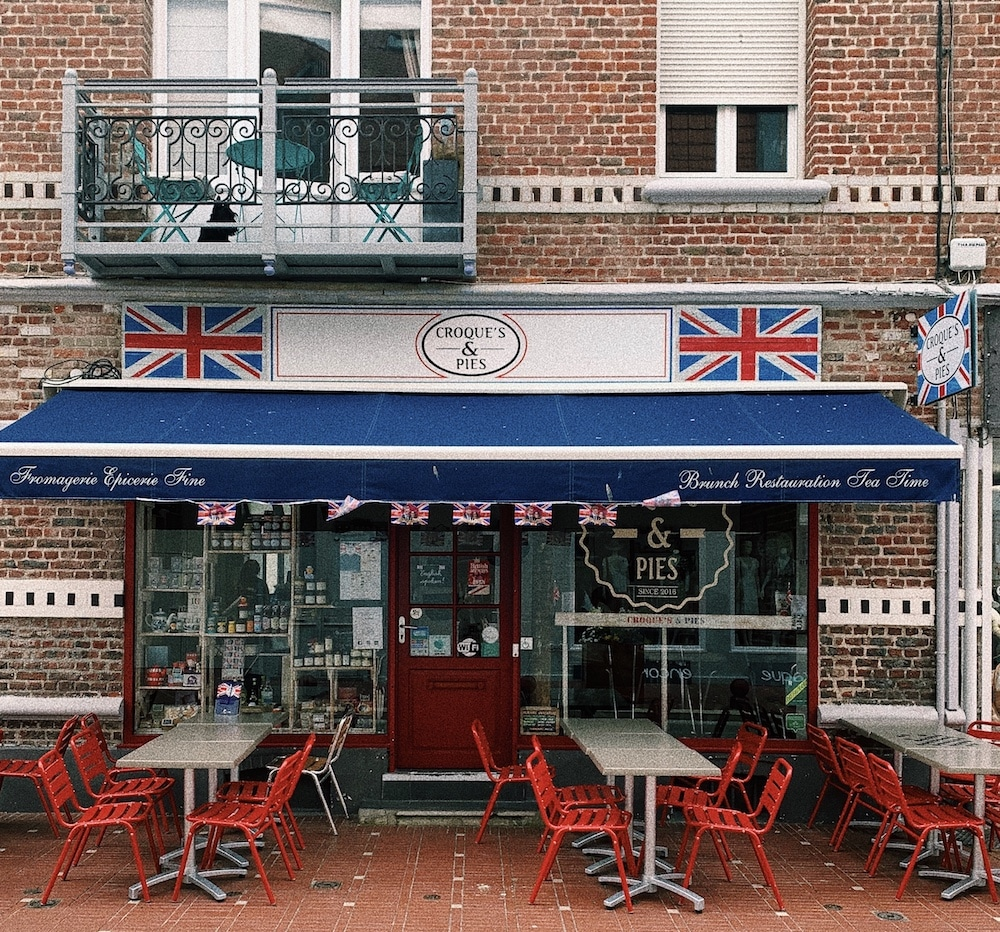 WINGLY-LE-TOUQUET-DAY-TRIP-FROM-LONDON-CROQUES-PIES-SHOP