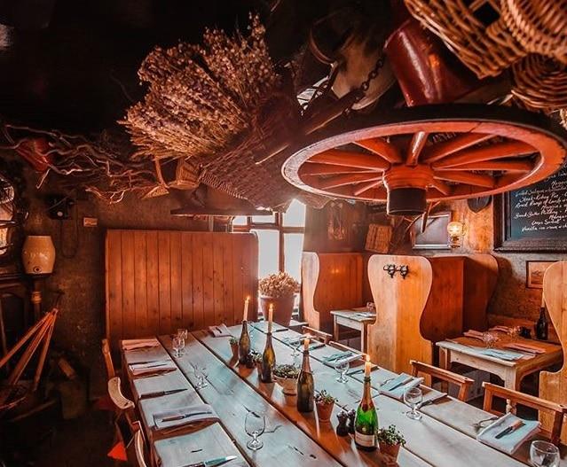 The Ravishingly Rustic Restaurant Hiding In The Heart Of Town • Maggie Jones's