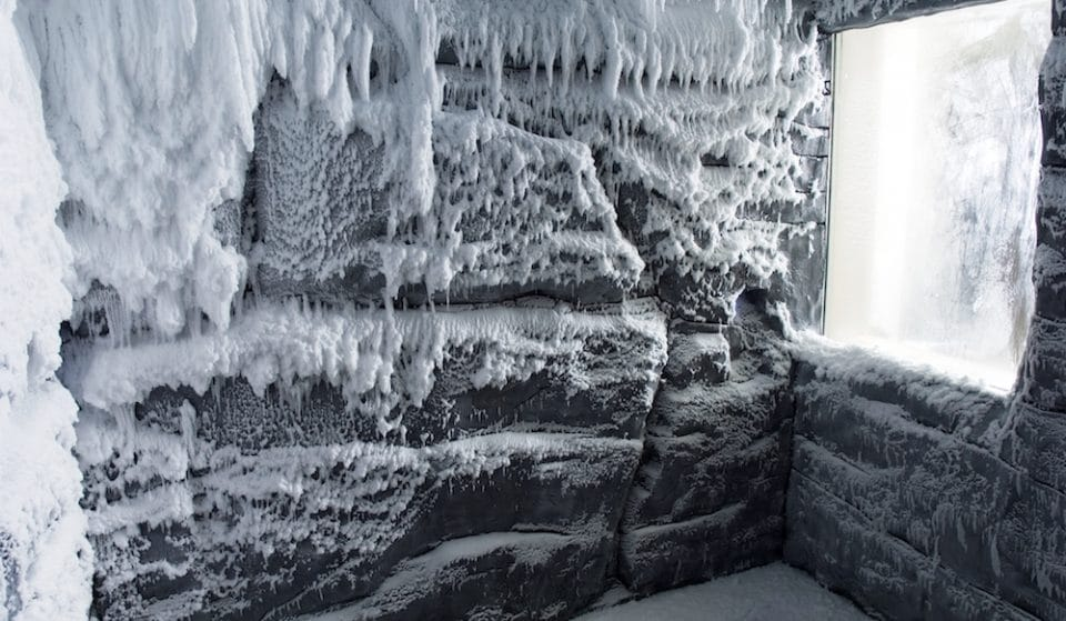 Beat This Ludicrous Heatwave By Chilling In London's First Snow Room