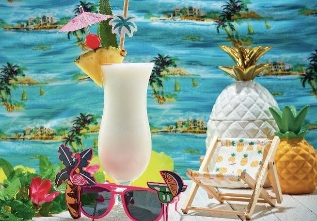 This London Bar Is Handing Out Free Piña Coladas During This Week's Heatwave