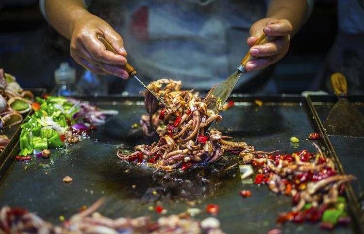 Eat Your Way Around The World At This Delicious Food Festival