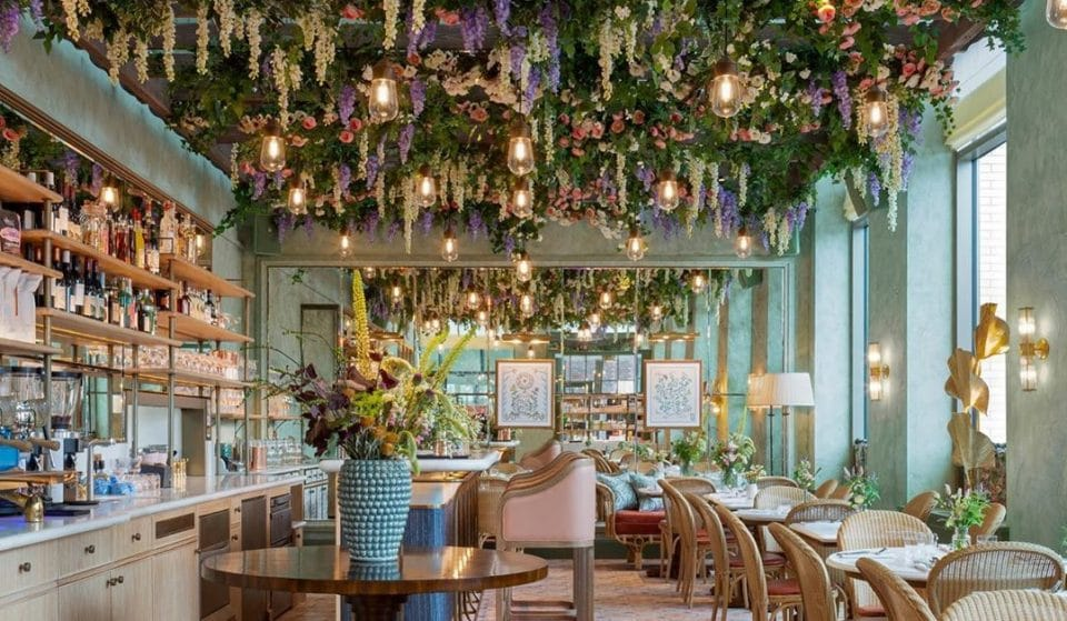 This Gorgeous, Health-Focused Cafe And Salon Will Nourish Both Mind And Body • Linnaean